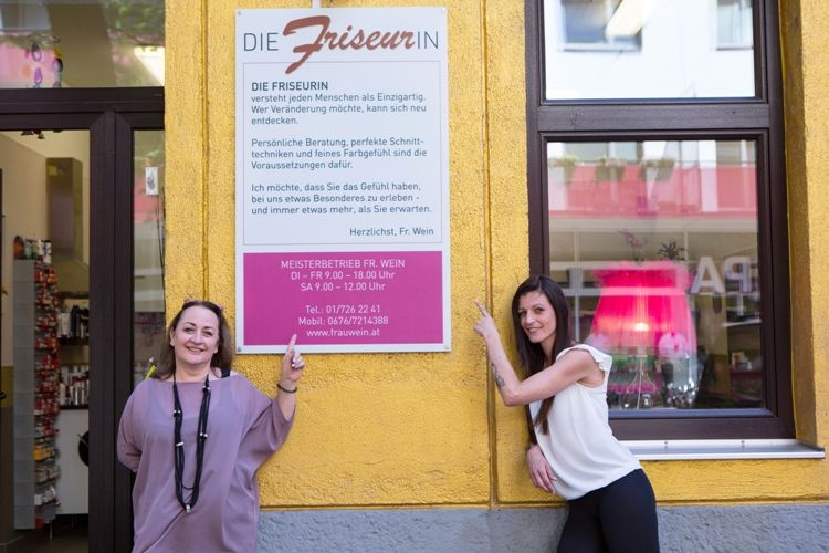 Portfolio Die Friseurin - Frau Wein
